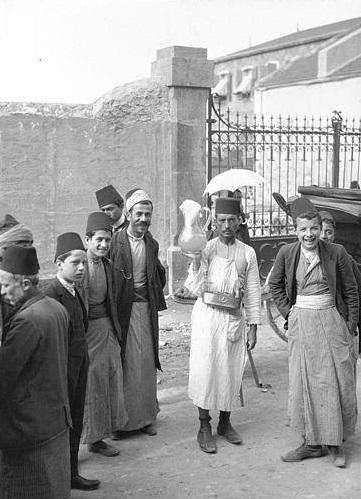 الزي اللبناني أوائل القرن التاسع عشر
