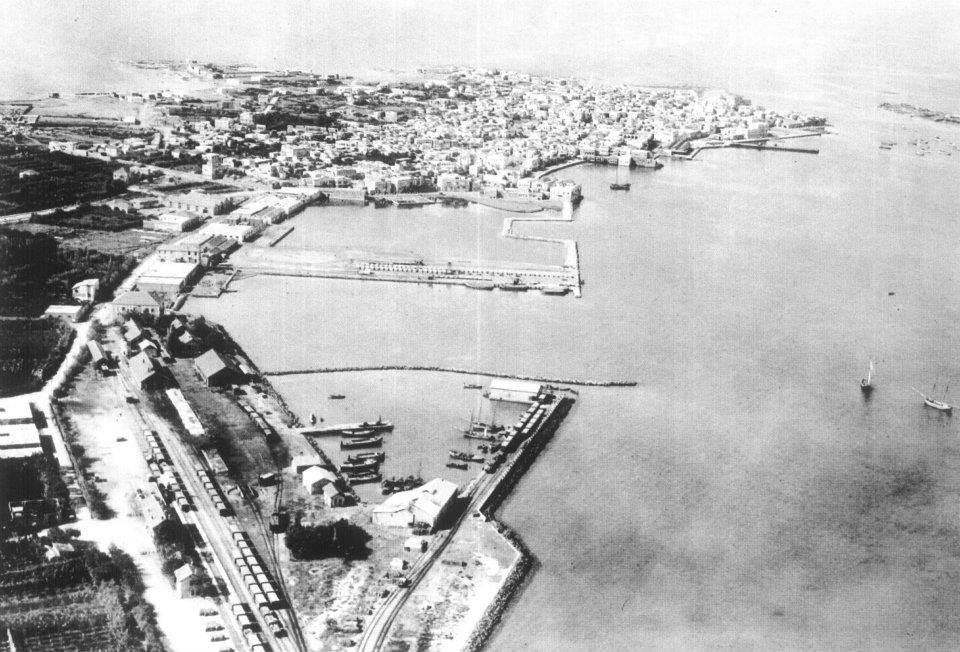 ميناء طرابلس في الثلاثينيات