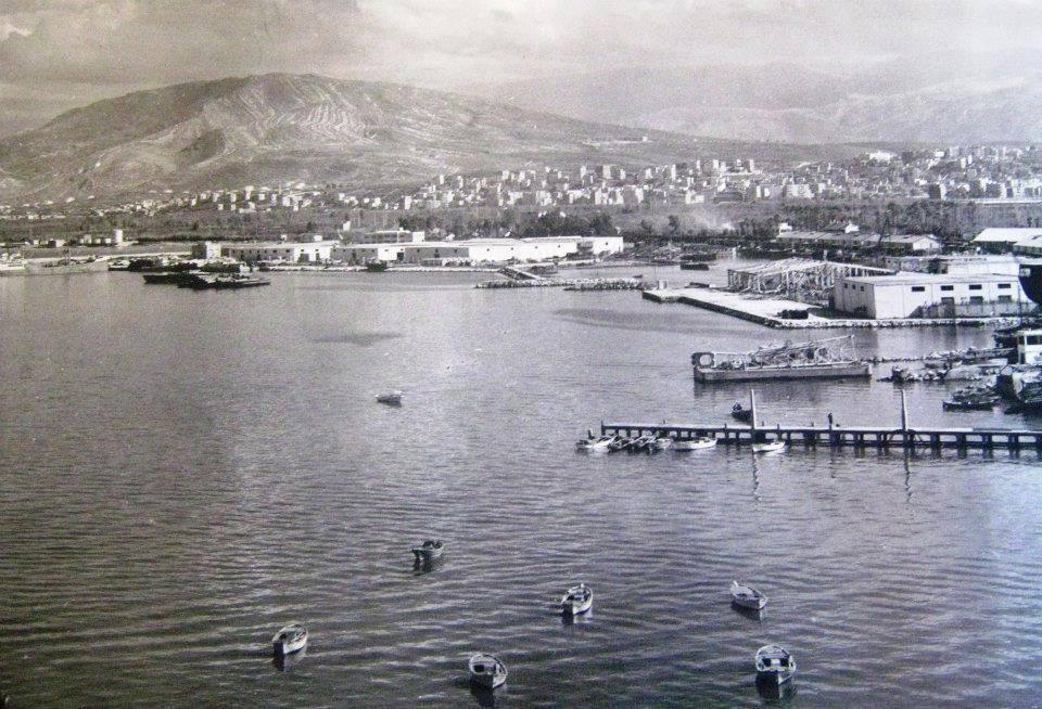 ميناء طرابلس .